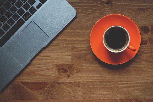 Registro de jornada laboral y pausas